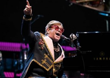 Elton John conciertos YouTube